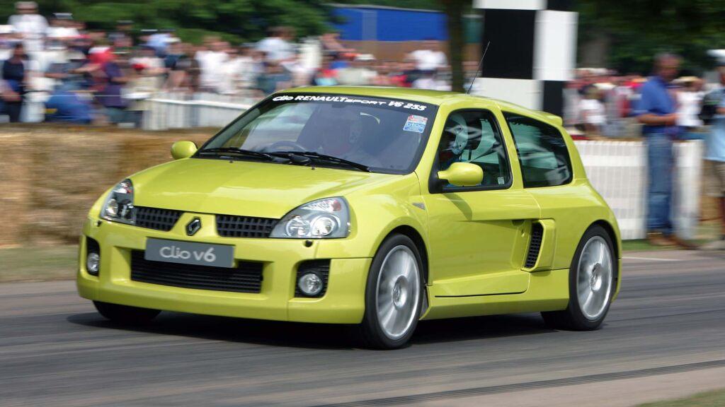 Clio V6