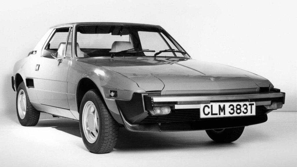 Fiat X19_